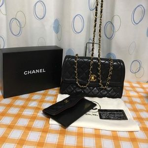 🌹SOLD🌹Auth Vintage Chanel with pouch